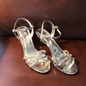 Shoes - Size 8 Silver and crystal heels